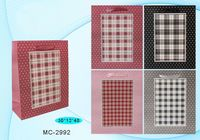 """Пакет бумажный подарочный """"Клетка"""" (в ассортименте; 30x40x12 см; арт. МС-2992)"""