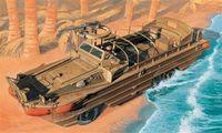"""Амфибийное транспортное средство """"2 1/2 TON. DUKW 353"""" (масштаб: 1/35)"""