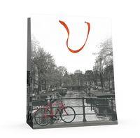 """Пакет бумажный подарочный """"Город и цвет"""" (17,8x22,5x10,2 см)"""