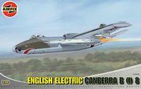 """Бомбардировщик """"English Electric Canberra B (I)"""" (масштаб: 1/48)"""