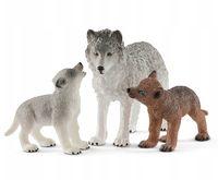 """Набор фигурок """"Волчица с волчатами"""""""