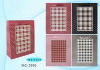 """Пакет бумажный подарочный """"Клетка"""" (в ассортименте; 19,5х23,5х8 см; арт. МС-2990)"""