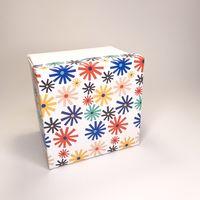 """Подарочная коробка """"Калейдоскоп"""" (16x16x7,5 см)"""