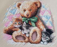 "Вышивка крестом ""Мишка и котята"" (360х300 мм)"