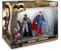 """Набор фигурок """"Бэтмен и Супермэн"""""""